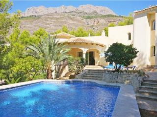Holiday house for 8 persons, with swimming pool , in Altea - Costa Blanca vacation rentals