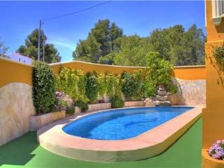 Holiday house for 4 persons, with swimming pool , in Calpe - Valencian Country vacation rentals