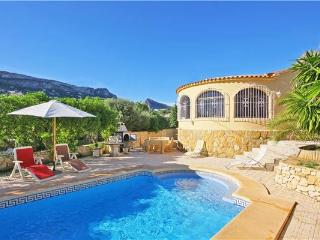 Attractive holiday house for 6 persons, with swimming pool , in Calpe - Medulin vacation rentals