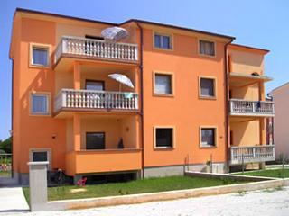 Apartment for 4 persons near the beach in Medulin - Istria vacation rentals