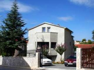Apartment for 4 persons in Medulin - Image 1 - Medulin - rentals