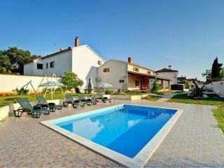 Attractive holiday house for 10 persons, with swimming pool , in Marcana - Marcana vacation rentals