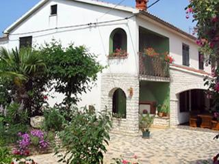 Holiday house for 9 persons in Manjadvorci - Image 1 - Manjadvorci - rentals
