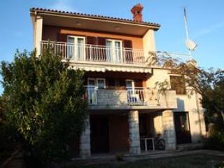 Renovated apartment for 4 persons in Pula - Pula vacation rentals