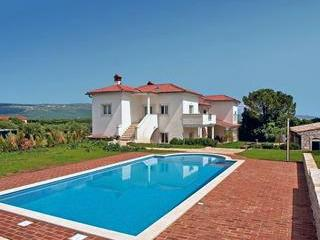 Luxury holiday house for 10 persons, with swimming pool , near the beach in Rakalj - Image 1 - Rakalj - rentals