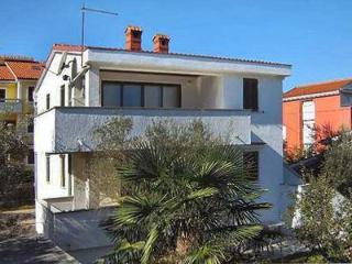 Apartment for 3 persons near the beach in Krk - Malinska vacation rentals