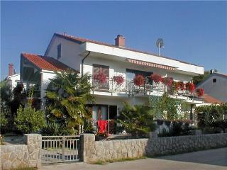 Attractive apartment for 7 persons near the beach in Krk - Island Krk vacation rentals