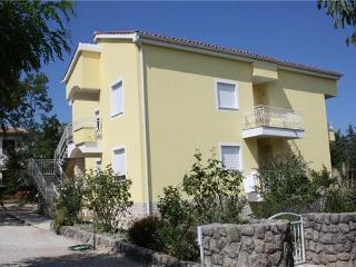 Apartment for 4 persons near the beach in Krk - Malinska vacation rentals