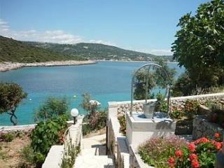 Apartment for 5 persons near the beach in Sibenik - Northern Dalmatia vacation rentals