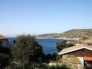 Attractive apartment for 4 persons near the beach in Sibenik - Rogoznica vacation rentals