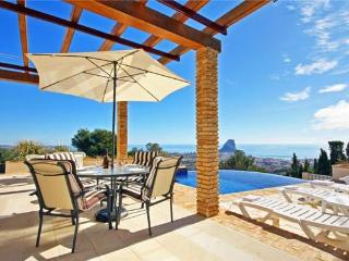 Attractive holiday house for 8 persons, with swimming pool , in Calpe - Costa Blanca vacation rentals