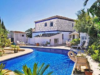 Attractive holiday house for 10 persons, with swimming pool , near the beach in Calpe - Calpe vacation rentals