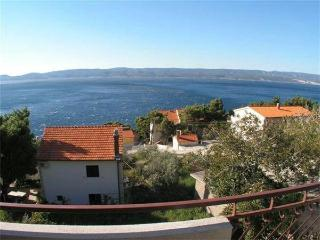 Apartment for 4 persons near the beach in Omis - Momjan vacation rentals