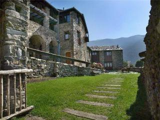 Attractive apartment for 2 persons in Pyrenees - Province of Girona vacation rentals