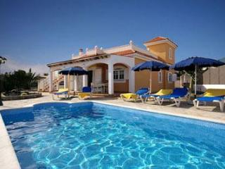 Holiday house for 6 persons, with swimming pool , in Caleta de Fuste - Caleta de Fuste vacation rentals