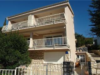 Attractive holiday house for 5 persons near the beach in Selce - Selce vacation rentals