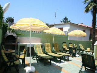 Apartment for 4 persons, with swimming pool , near the beach in Umag - Umag vacation rentals