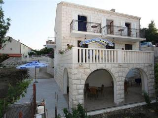 Apartment for 2 persons near the beach in Dubrovnik - Slano vacation rentals