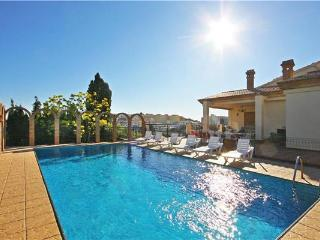 Attractive holiday house for 14 persons, with swimming pool , in Calpe - Calpe vacation rentals