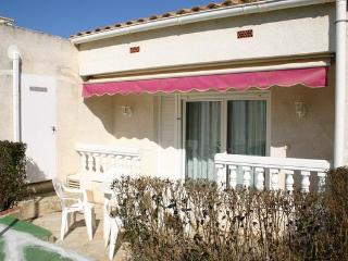 Apartment for 4 persons, with swimming pool , near the beach in Alcoceber - Alcossebre vacation rentals