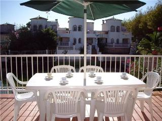 Holiday house for 8 persons, with swimming pool , in Empuriabrava - Empuriabrava vacation rentals
