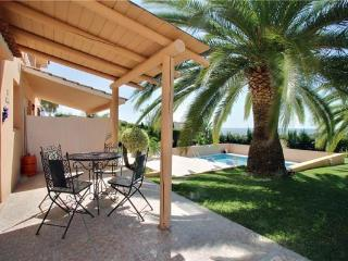 Renovated apartment for 4 persons, with swimming pool , in Estepona - Estepona vacation rentals