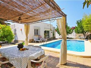 Holiday house for 6 persons, with swimming pool , in Moraira - La Llobella vacation rentals