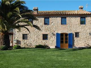 Holiday house for 8 persons, with swimming pool , in Tarragona - Province of Tarragona vacation rentals