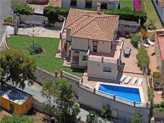 Attractive holiday house for 8 persons, with swimming pool , in Fuengirola - Province of Malaga vacation rentals