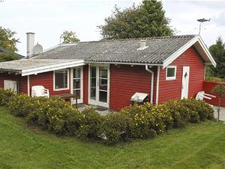 Newly renovated holiday house for 6 persons in North-western Funen - Bogense vacation rentals