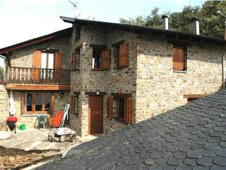 Attractive holiday house for 6 persons in Pyrenees - Province of Lleida vacation rentals
