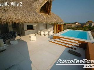 Villa Lindo Escondido: 3BR Luxury Oceanfront Home - Puerto Escondido vacation rentals