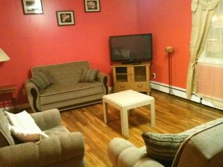 3 bedroom 15 MIN to NYC sleeps 10 - Union City vacation rentals