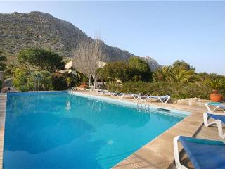 Holiday house for 6 persons, with swimming pool , in Port de Pollenca - Puerto Pollensa vacation rentals