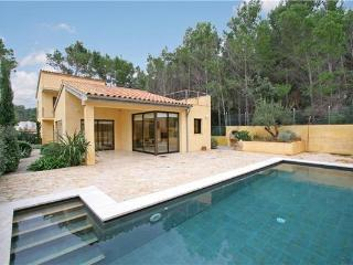 Luxury holiday house for 10 persons, with swimming pool , near the beach in Cala San Vicente - Majorca vacation rentals