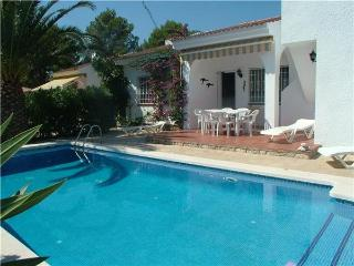 Holiday house for 6 persons, with swimming pool , near the beach in L'Ametlla de Mar - L'Ametlla de Mar vacation rentals