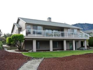 Wapato Point Community Waterfront Home - Manson vacation rentals