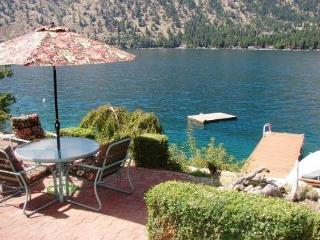 Affordable Manson Waterfront Home with Private Dock, Boat/Jet Ski Lift, Buoy - Manson vacation rentals