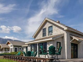 Wapato Point Retreat Community Waterfront Home - Manson vacation rentals