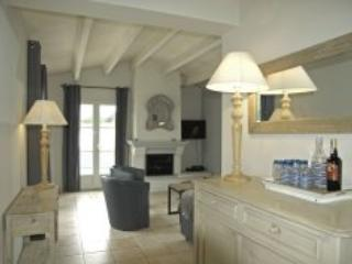 Villa Cecilia - Le Bois Plage - Ile-de-France (Paris Region) vacation rentals