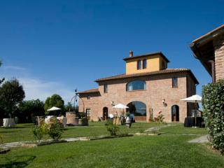 Gianluca - Bettolle vacation rentals