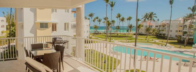 Playa Turquesa D303 - Beachfront Condo, Great View - Image 1 - Punta Cana - rentals