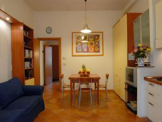 AP02 Rome Accommodation Testaccio - Rome vacation rentals