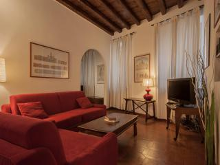 AP01 Rome Accommodation Via Giulia - Rome vacation rentals