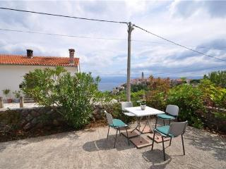 Apartment for 2 persons near the beach in Krk - Vrbnik vacation rentals