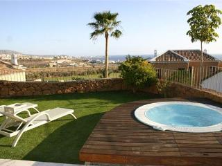 Holiday house for 4 persons, with swimming pool , in Adeje - Tenerife vacation rentals