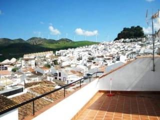 Newly built apartment for 4 persons in Málaga - Ardales vacation rentals