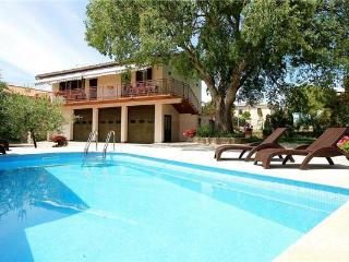 Apartment for 6 persons, with swimming pool , in Krnica - Cepic vacation rentals
