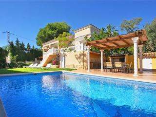 Attractive holiday house for 6 persons, with swimming pool , in Moraira - La Llobella vacation rentals