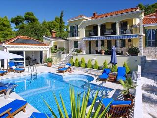 Newly renovated holiday house for 12 persons near the beach in Korcula - Southern Dalmatia Islands vacation rentals